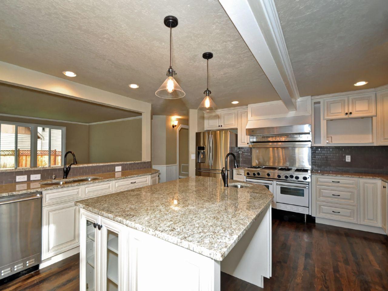 Charleston Saddle Lily Ann Cabinets Charleston Antique White Antique White Kitchen Antique White Kitchen Cabinets White Kitchen Cabinets