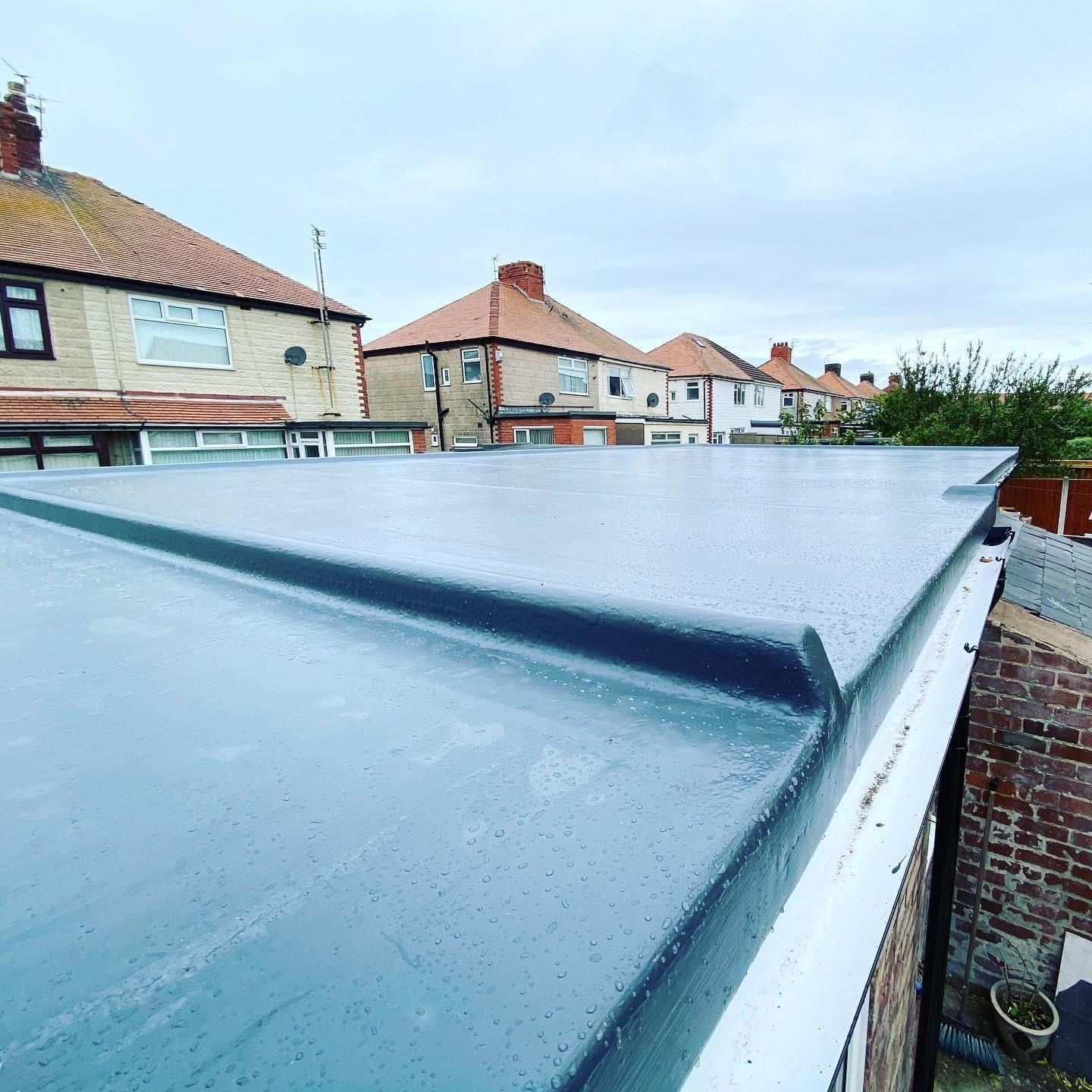 Fibreglass Grp Detailing On New Flat Roof In South Shore Blackpool In 2020 Flat Roof Replacement Flat Roof Roofer