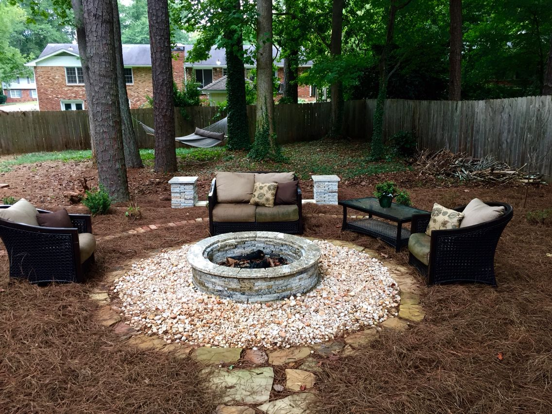 48 Granite Fire Pit Surrounded By Decorative Gravel Granite Fire Pit Decorative Gravel Backyard