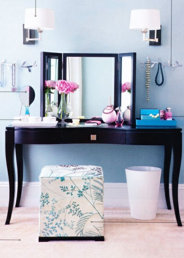 Schminktisch Dekorieren schönes zimmer mit einem modernen schminktisch und dekorativen