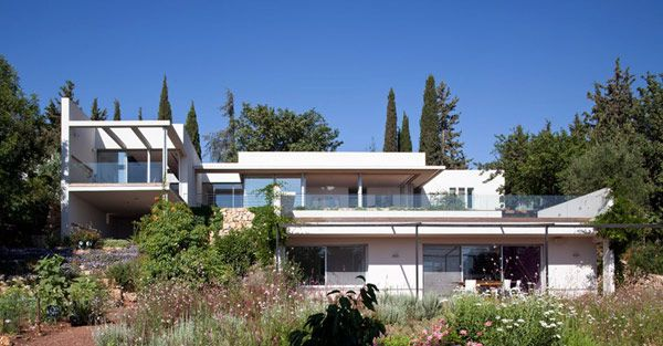 "Modern ""Z""-Shaped Home Assimilated With a Rich Natural Landscape in Israel - http://freshome.com/2012/09/20/modern-z-shaped-home-assimilated-with-a-rich-natural-landscape-in-israel/"