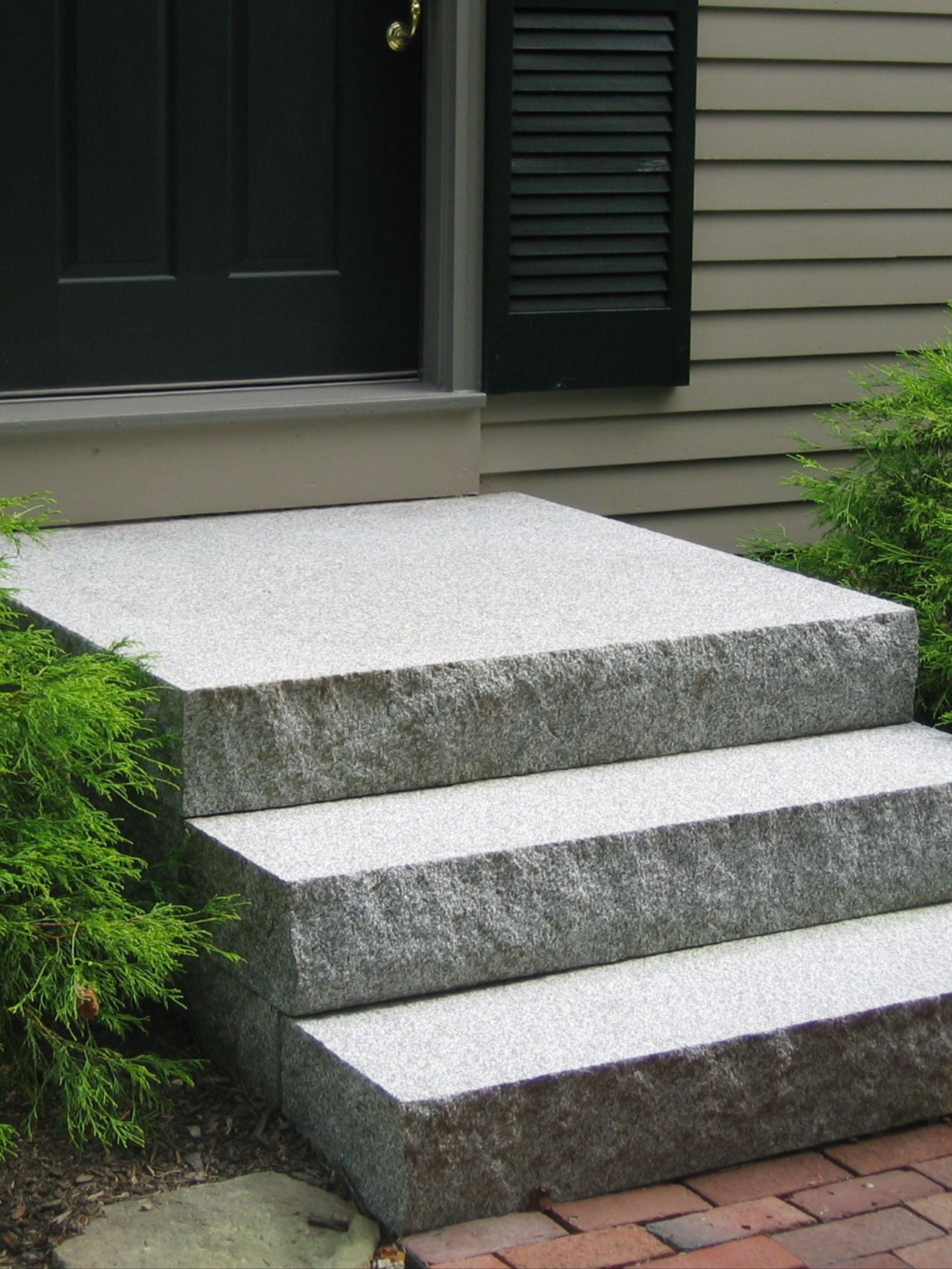 Natural Stone Steps Treads Polycor Hardscapes Masonry In 2020 Front Porch Design Front Porch Stone Steps Front Porch Stone
