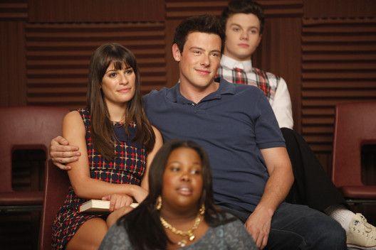 Glee projekt dating stora förväntningar dating service Dallas