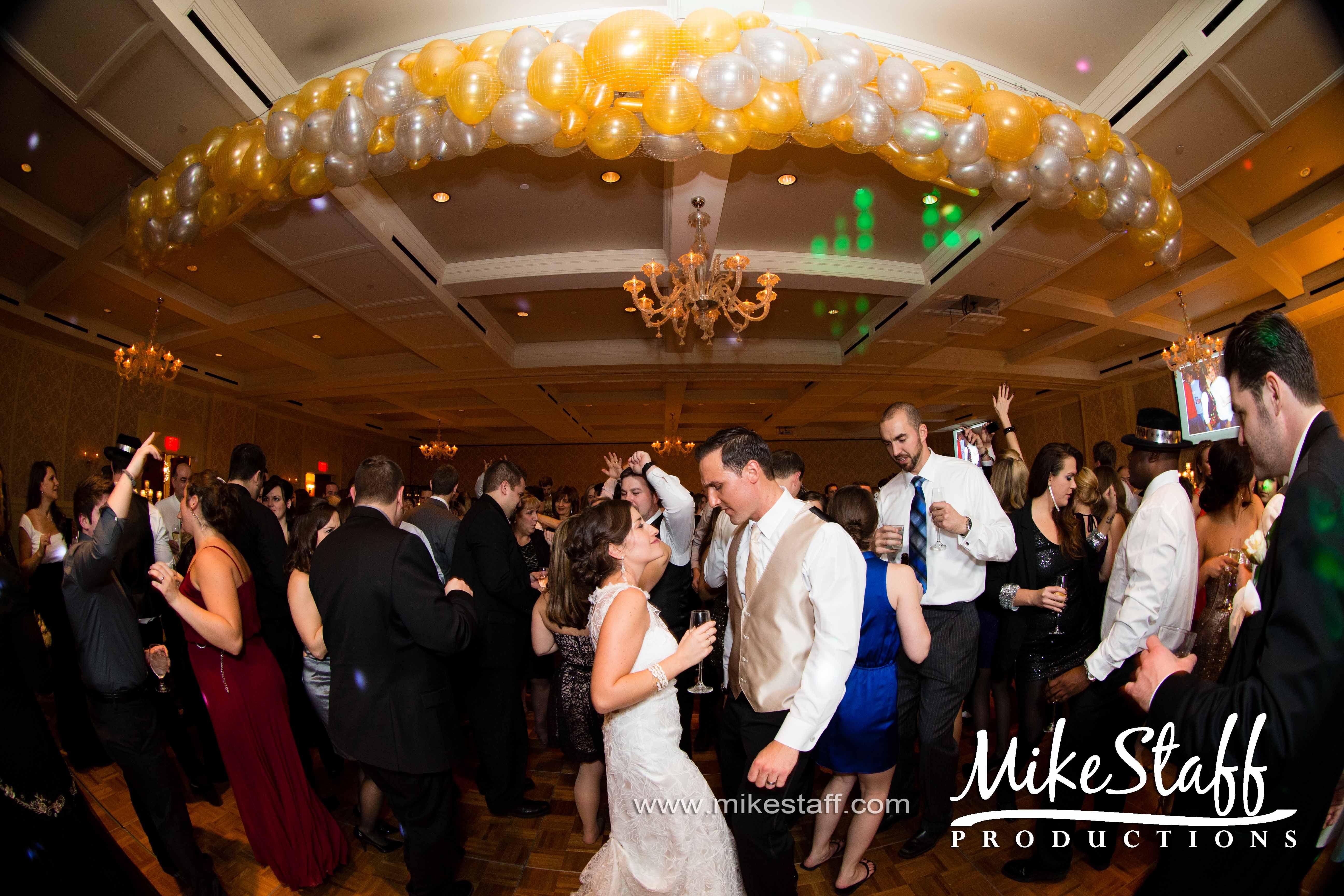 Wedding Dj Services Michigan Wedding Reception Wedding Dj Wedding Reception Dance Floor