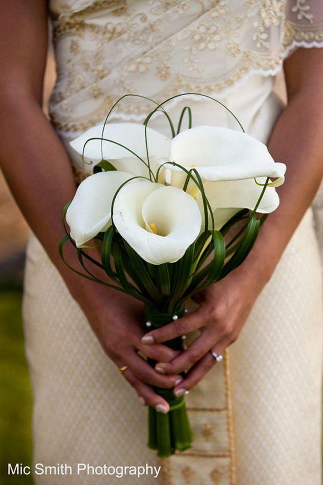 30 Stylish Single Bloom Wedding Bouquets Calla Lily Wedding Calla Lily Bouquet Wedding