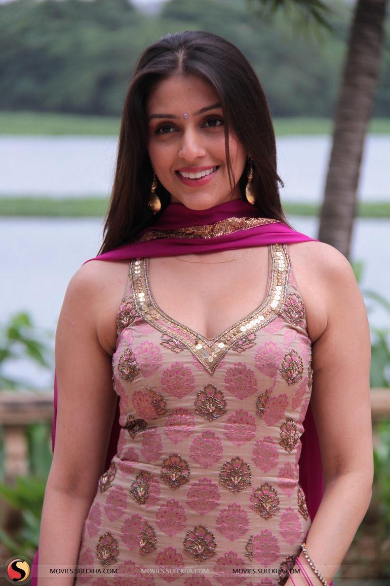 Aarti Chhabria Hot In Jhalak Dikhla Jaa Season 6 Bollywood