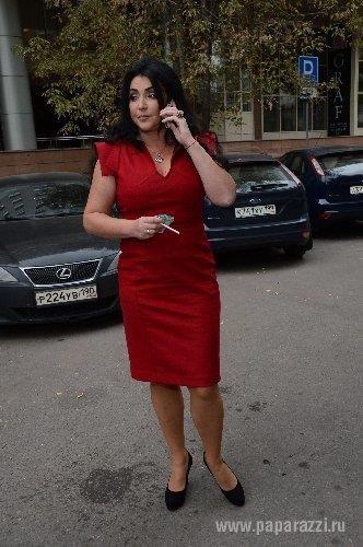 Лолита милявская красное платье