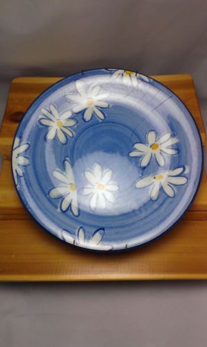Vintage Stangl Pottery dinner plate in the Field Daisy pattern. This pattern was manufactured at the Stangl Pottery factory in Trenton New Jersey in the ... & Stangl Pottery - Field Daisy Pattern - Dinner Plate in Excellent ...