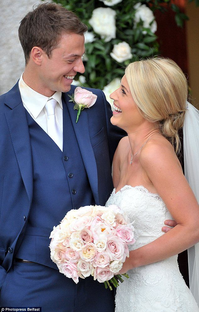 Awesome Man (and Woman) United! Footballer Jonny Evans Weds MUTV Presenter Helen  McConnell Back Home In Northern Ireland