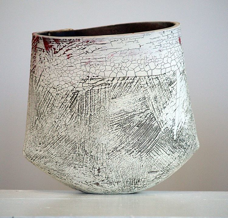 New Vessels In Process With A Mid Smooth Stoneware And Porcelain Lesleymcinally Contemporarycera Contemporary Ceramics Ceramics Ceramic Sculpture