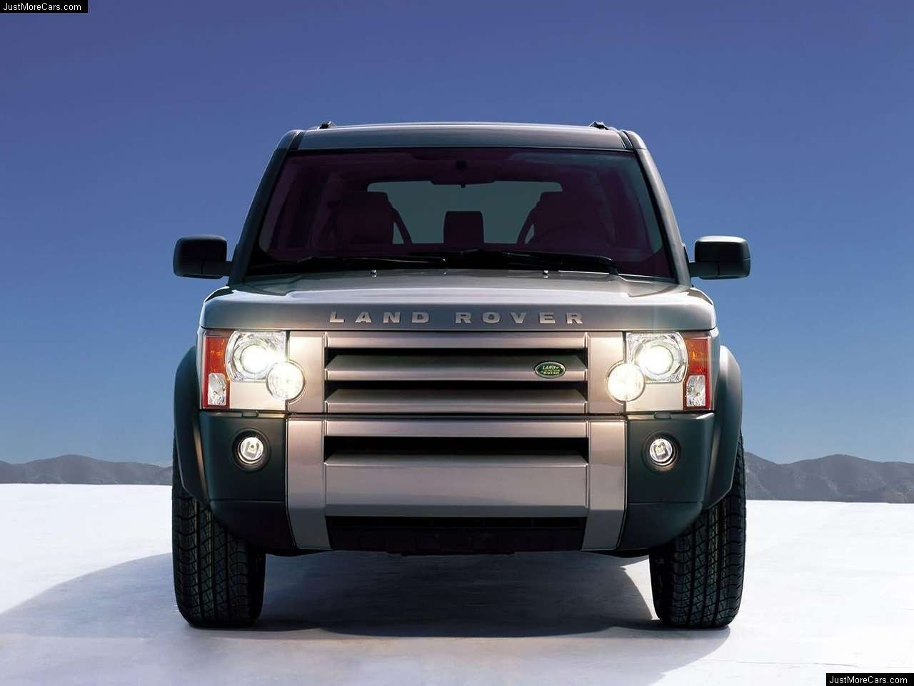 Pin By Tyler Hart On Cars Land Rover Land Rover Discovery Discovery Car