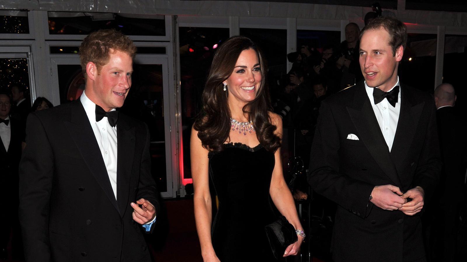 william and kate in polynesia   Prince William & Princess Kate