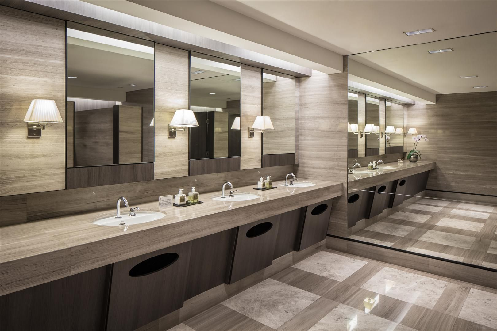 Public toilet paragon shopping mall singapore by dp design for Modern washroom designs
