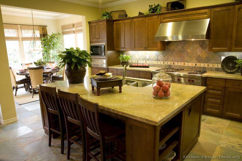 Kitchen-design-ideas.org Part - 29: Traditional Medium Wood-Brown Kitchen Cabinets #29 (Kitchen-Design-Ideas.