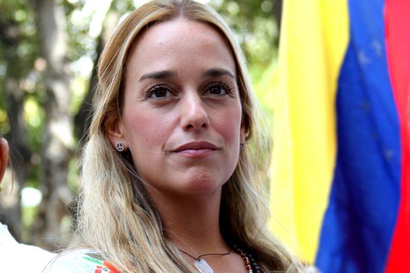 LilianTintori logró entrar a la prisión de Ramo Verde para ver a Leopoldo López tras 35 días sin contacto