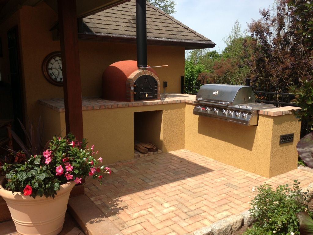 Outdoor Kitchen Designs With Pizza Oven Interesting Outdoor Kitchen With Wood Fired Oven  Bild Project  Pinterest Review