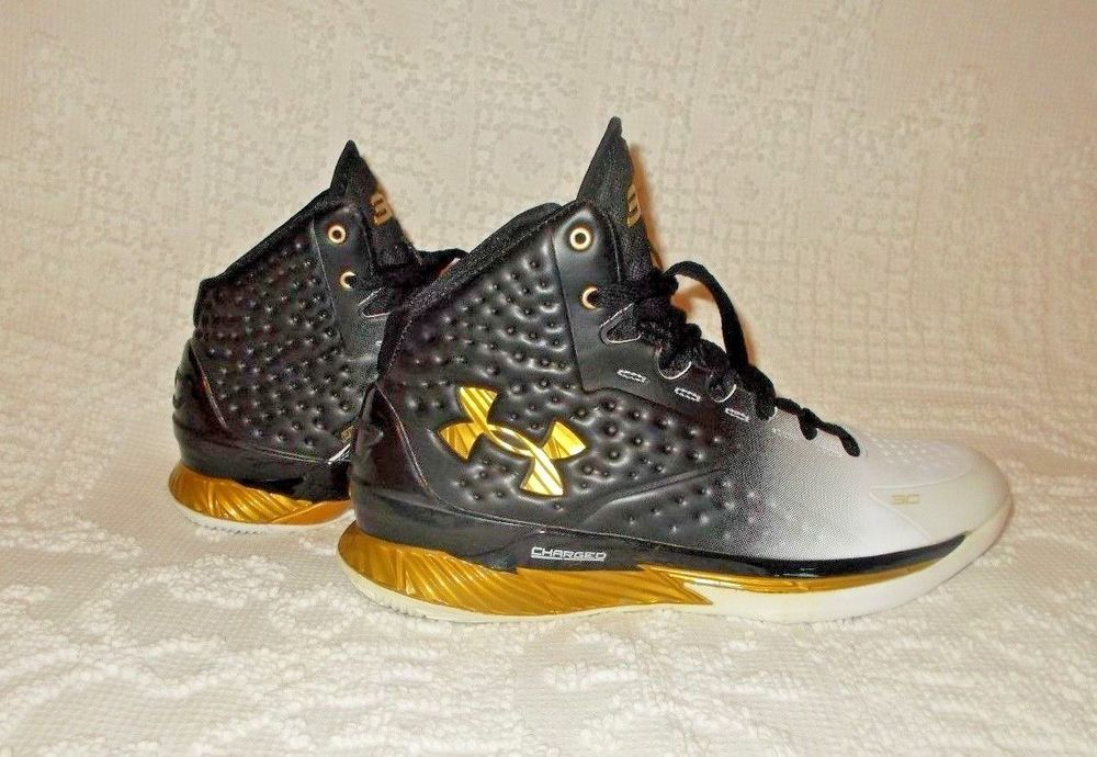 a380ccc9a414 DS Under Armour Stephen Curry 1 One