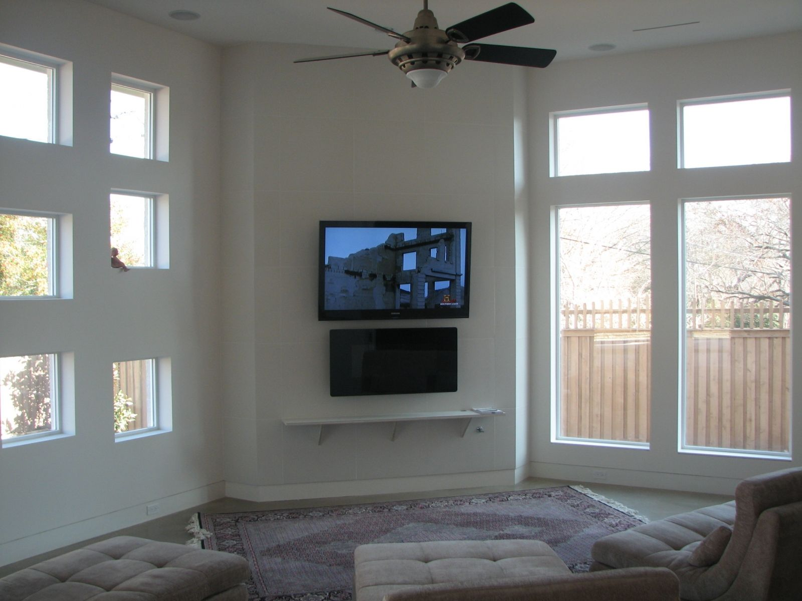 Feature Walls With Tv And Fireplace Toshiba 55 Tv