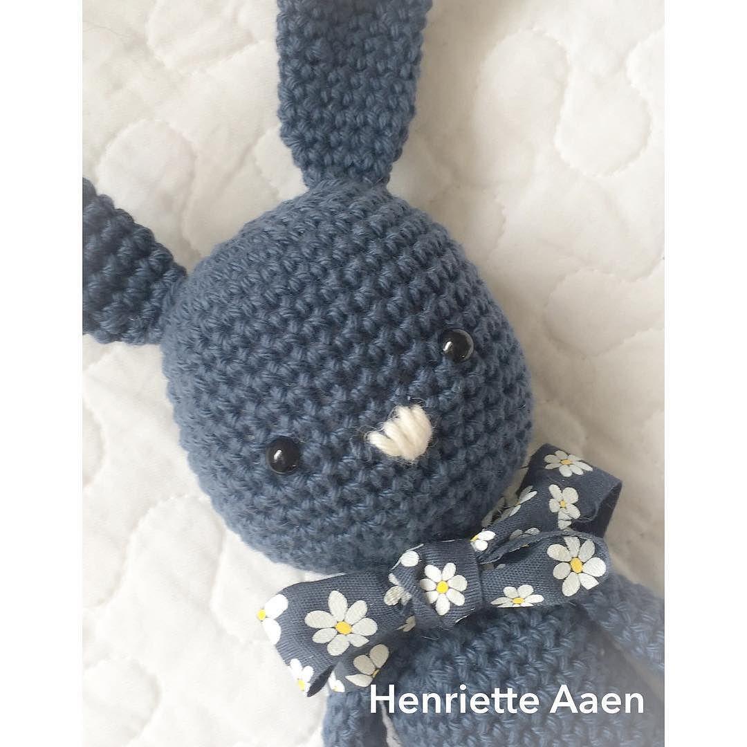Selfie #selfie #crochetersofinstagram #häkeln #hekling #hæklet #hækle #crochet #crocheted #crochethat #crocheting #crochettoy #crochetaddict #crochetlove #crocheteveryday #instapic #instagood #instamood #instacrochet #instabunny #hækling #whatsonmyhook  by henriette_aaen