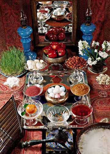 Sofreh'e Haft-sin / Haft-sin table decoration