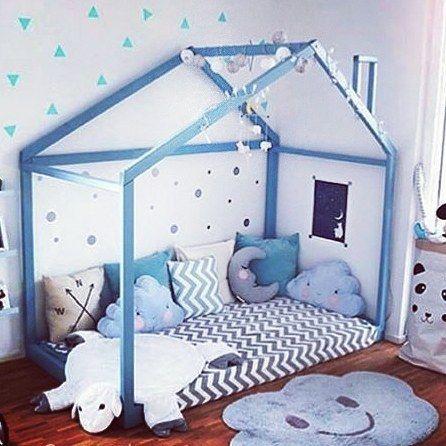 id es de deco pour chambre d 39 enfant avec lit cabane en bleu kidsroom blue chambre enfant. Black Bedroom Furniture Sets. Home Design Ideas