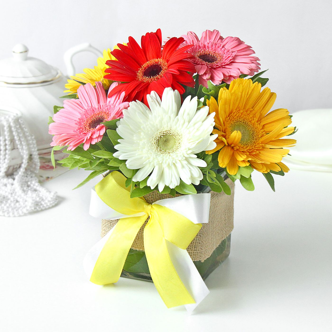 Send Flowers to Mumbai Flower Delivery in Mumbai in 3