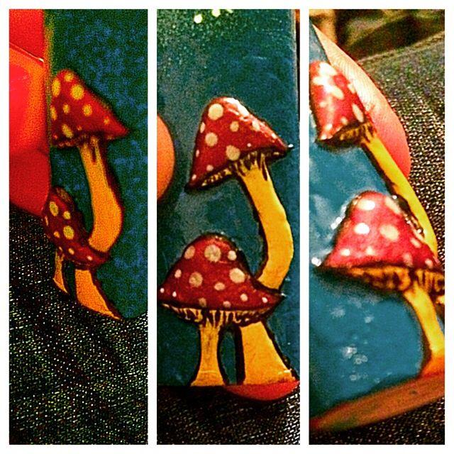 3D mushrooms lighter
