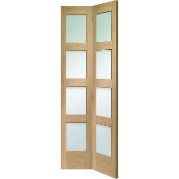 Shaker Oak Bifold Door Clear Glass Oak Bifold Doors Bifold Doors Shaker Doors