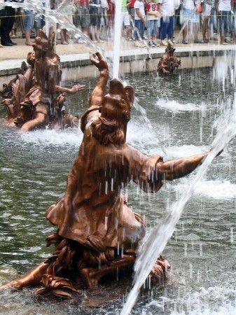 Fuente De Las Ranas En El Palacio De La Granja En Segovia Cerca De Madrid Historia De España Viajes Palacios