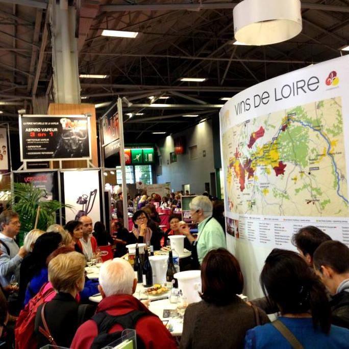 De nombreux visiteurs attentifs aux explications de nos professionnels #CuisinezbyM6 #Loirepower