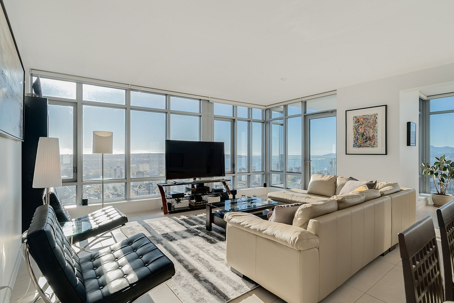 Dreamy sunsets ocean views and urban luxury th floor vancouver