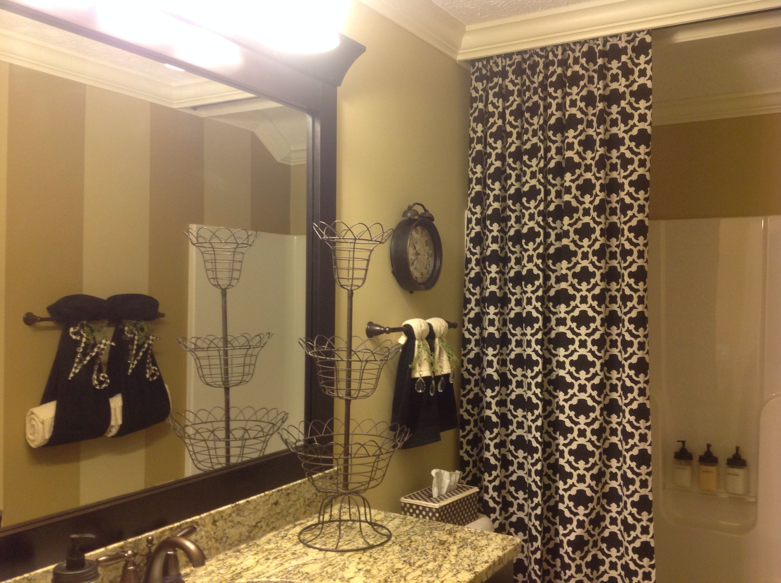 Upgraded Guest Bath Builder Grade Mirror Check Out Our Latest Projects Pinterest Builder