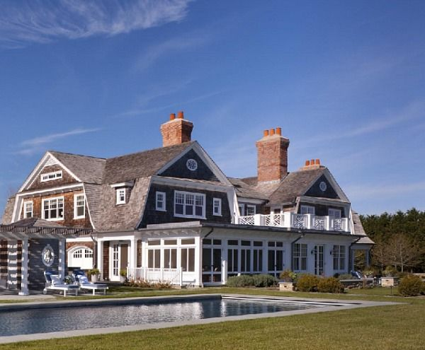 A classic hamptons house on further lane farm victoria for Architects hampton