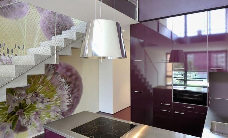 Dunstabzugshaube aus Stahl für die Kochinsel Küchenplanung - moderne dunstabzugshauben küche