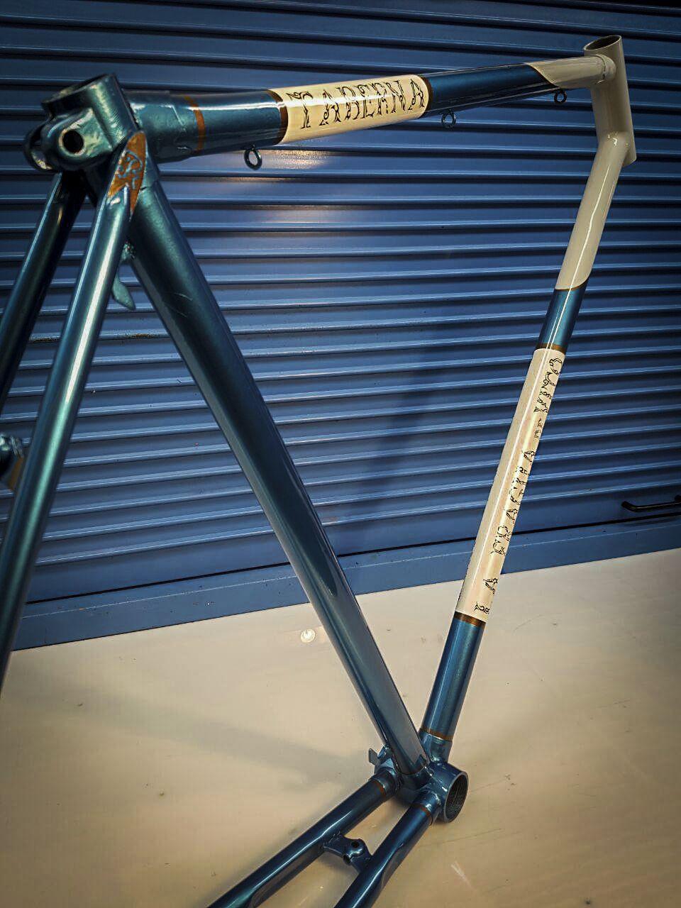Restauración Bh Años 60 Para La Taberna La Fragua De Vito Pintura Pintura Bicicletas Diseño Personalización Pintura A La Ca Reparación Acero Bicicletas