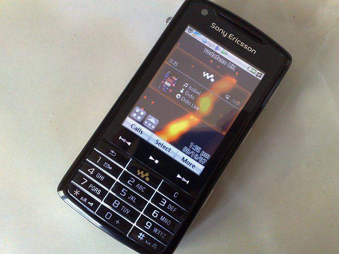 Sony Ericsson W960 8a8e796f6b0