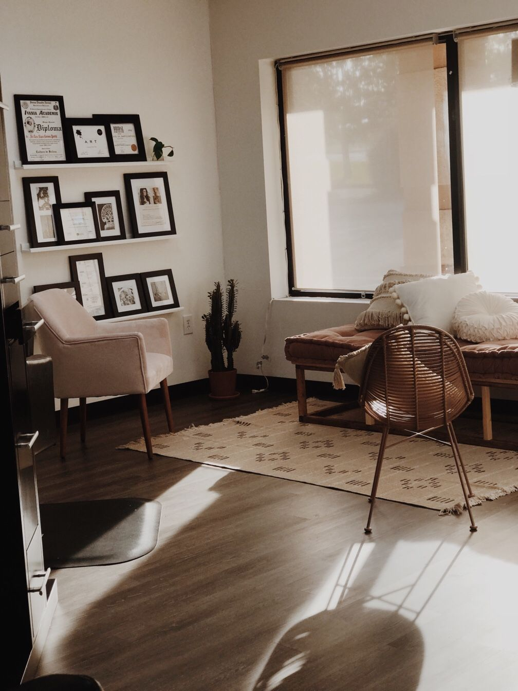 honey hive salon in chicago il vagaro salon spa fitness rh pinterest com