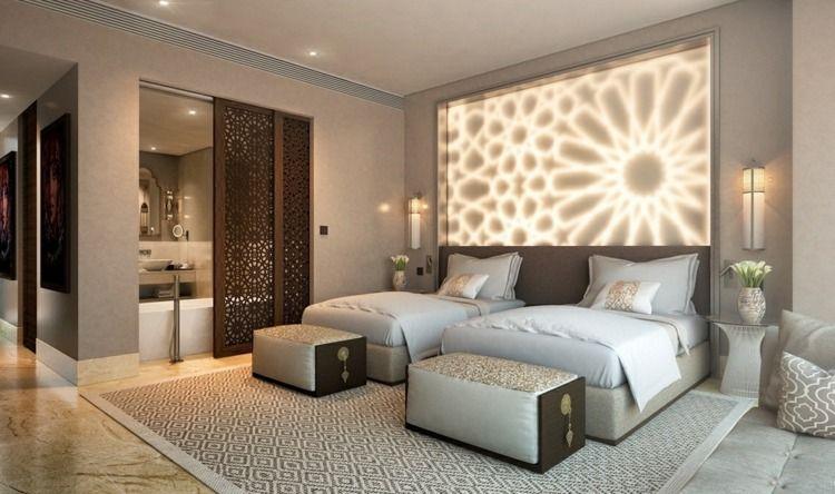 im schlafzimmer eine akzentwand von hinten beleuchten bedroom pinterest. Black Bedroom Furniture Sets. Home Design Ideas