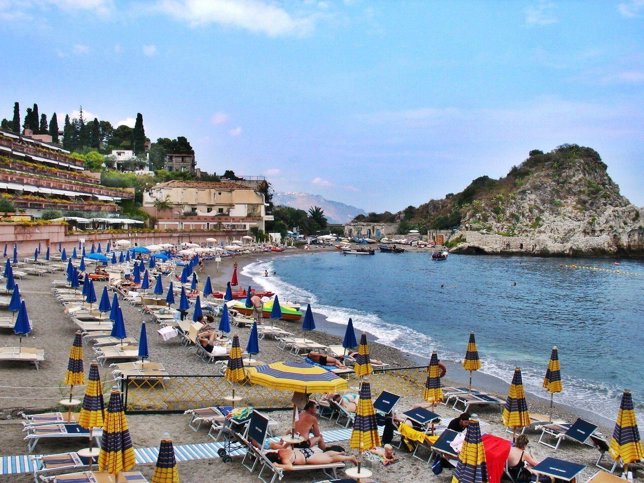 Taormina Beach One Of The Most Beautiful Beaches And Cities In Italy I Hope To Go Back