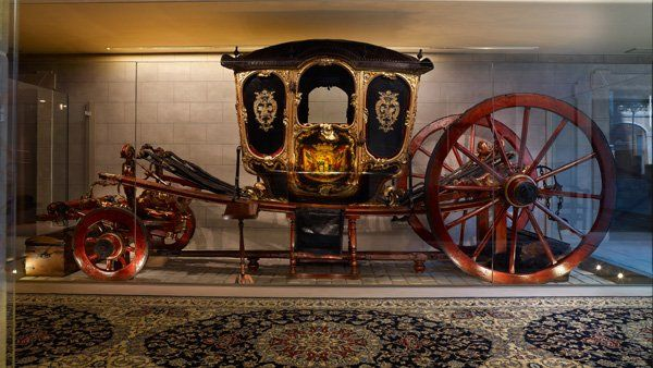 lovely old coach in the PALACIO GUENDULAIN, Pamplona, Spain