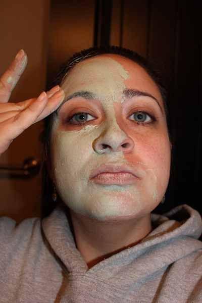 Diy instant zombie no special makeup necessary halloween diy instant zombie no special makeup necessary solutioingenieria Images