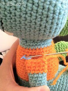 Tips for Attaching Amigurumi Limbs, #crochet, technique, stitch, #haken, gratis tutoriaal, ledematen amigurumi, knuffel, aanzetten, aanhaken,