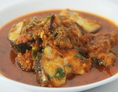 Macher kaliabengals special recipe for fish sanjivkapoor how to make bengali fish curry recipe by masterchef sanjeev kapoor forumfinder Image collections