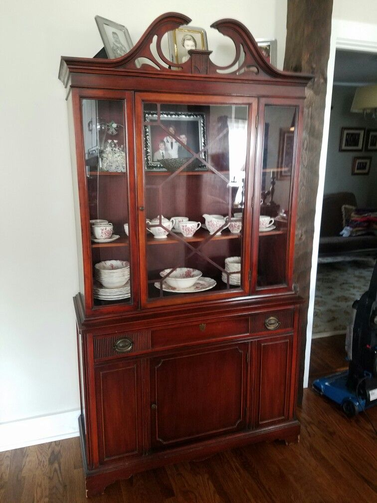 Inspirational What is A China Cabinet