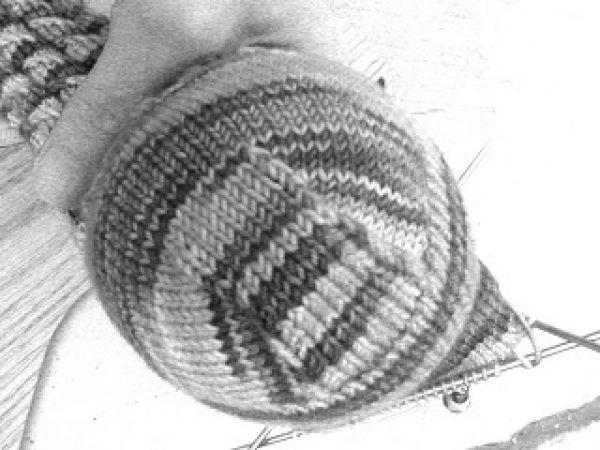 Είναι τεχνική που εφαρμόζεται στις πλεκτές κάλτσες στο σημείο της πτέρνας.