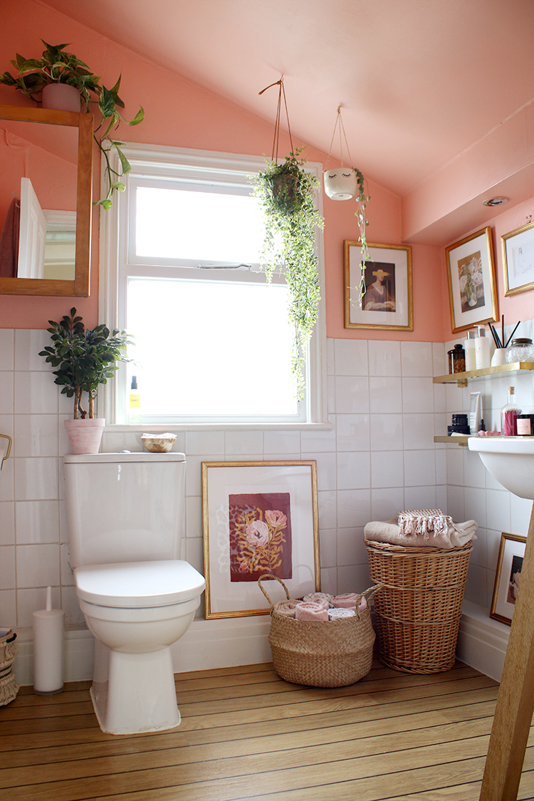 Photo of 6 Ways to Squeeze Storage into a Small Bathroom – Swoon Worthy