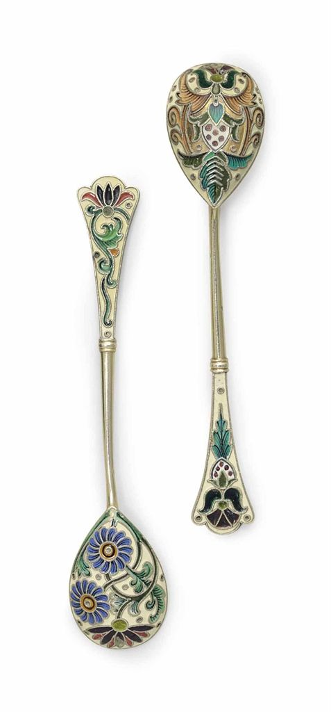 TWO SILVER-GILT, PLIQUE-À-JOUR AND CLOISONNÉ ENAMEL SPOONS MARKED K. FABERGÉ WITH THE IMPERIAL WARRANT, MOSCOW, 1899-1908