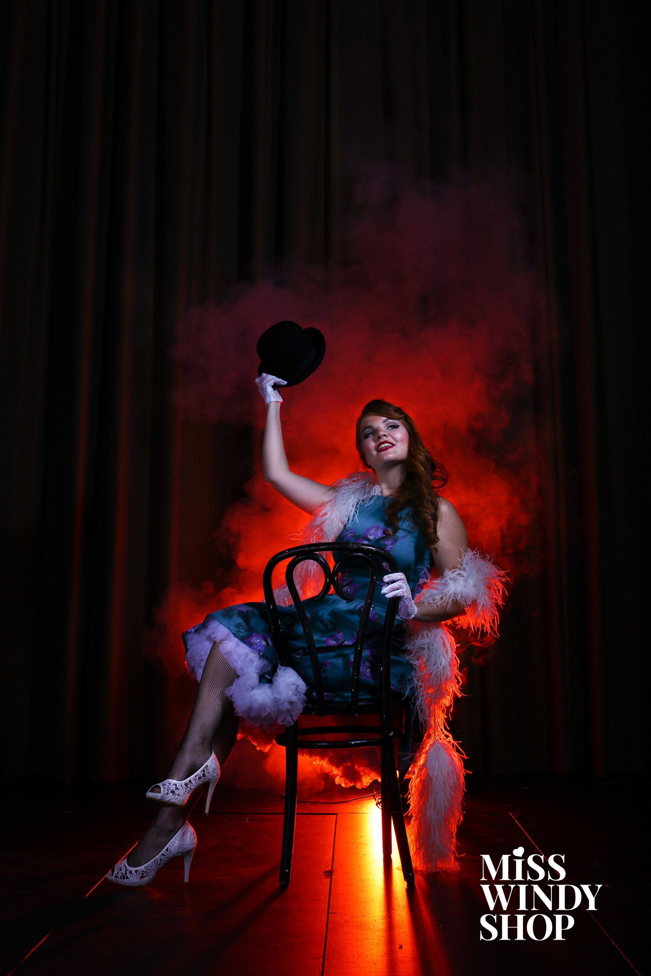 Halloween is coming! How about a cabaret inspired outfit this year? Classy yet different. ;) #classy #halloween #costume #dress #pouf #bowlerhat #gloves #fishnet #everydayisadressday #redlight #theater #theatrical