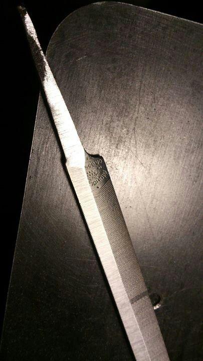 Making knife from file | Knife, Handmade knives, Custom knives