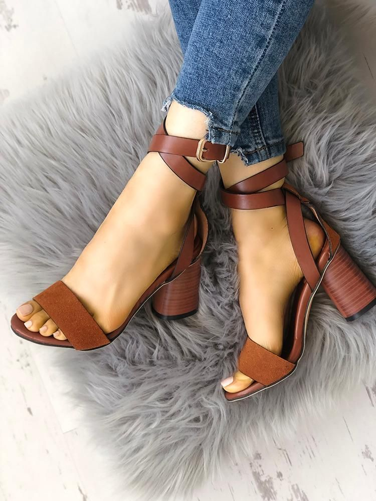 Buckle Design Crisscross Chunky Sandals is part of Chunky sandals -